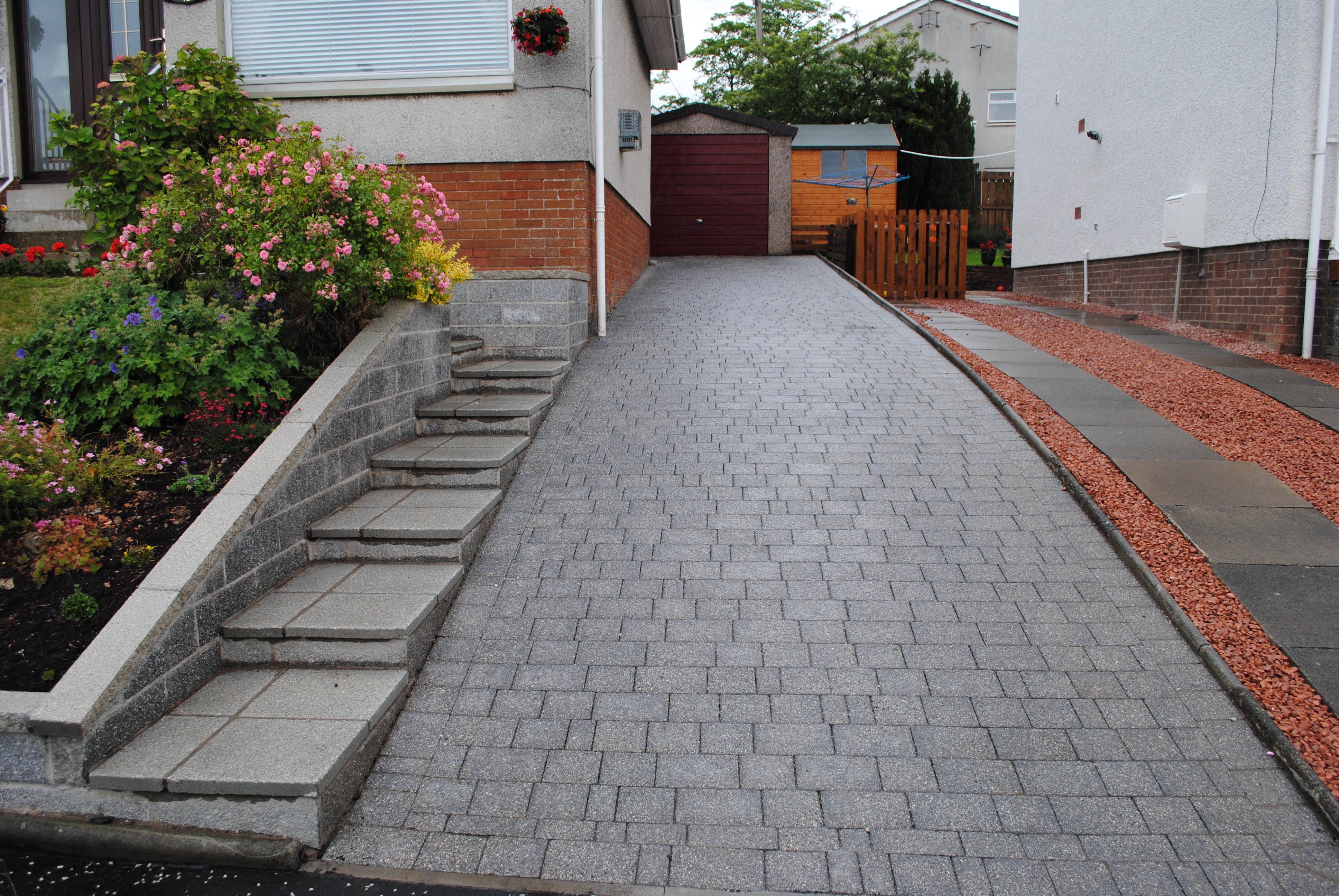 Outdoor tiles stone tile queensland for Tile driveway